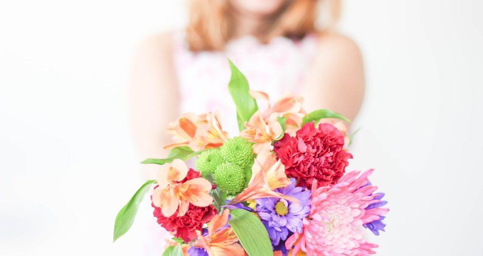 Regalare un bouquet o un mazzo di fiori per la Festa della Mamma