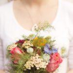 Come scegliere il bouquet o il mazzo di fiori per l'anniversario