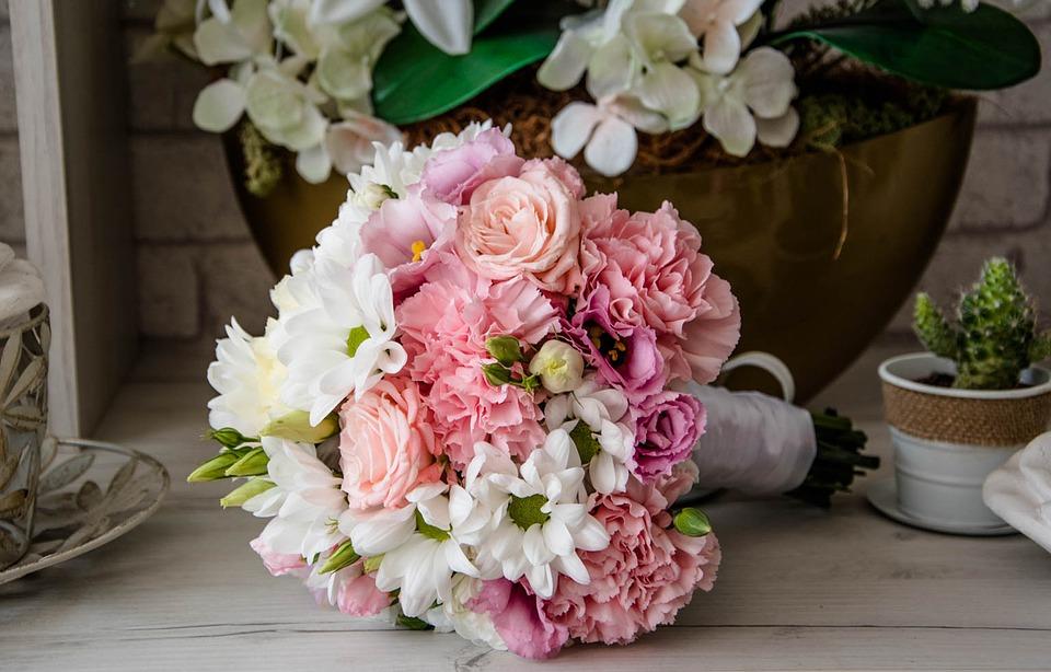 Assez Bouquet e Mazzo di Fiori per i 18 Anni GL34