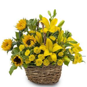 cestino di girasoli e fiori gialli