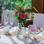 Centrotavola di fiori- rose rosa