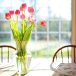 centrotavola di fiori - tulipani chiari