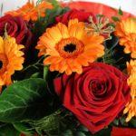 Gerbere Arancioni e rose rosse - Fiorionline